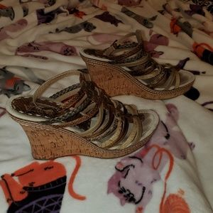 Two Lips wedges sz 10
